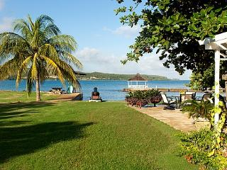 A Summer Place on the Beach - Ideal for Couples and Families, Beautiful Pool and Beach - Discovery Bay vacation rentals