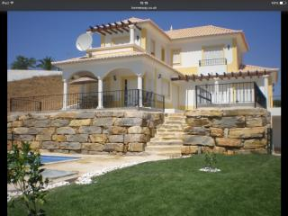 3 bed villa with pool sleeps 8 in rural location - Cabanas de Tavira vacation rentals