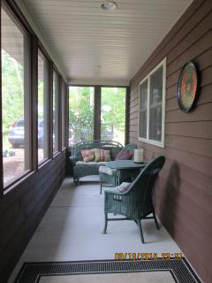 3 bedroom Cottage with Internet Access in Sturgeon Bay - Sturgeon Bay vacation rentals