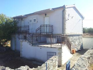 Nice House with Internet Access and A/C - Drvenik Mali vacation rentals