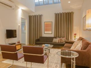 Huge Flatiron/Union Sq 3 Bedroom, 2 B Loft for 1-8 - New York City vacation rentals