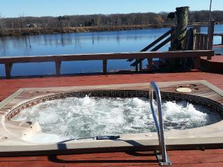 Lakefront with private dock, pool and tennis court - Pocono Summit vacation rentals
