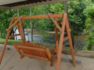 Amy's Waterfront Blessing.  2 King Master Suites. - Pigeon Forge vacation rentals