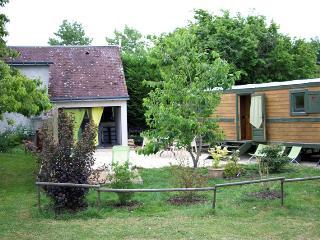 Gite Roulotte 5 personnes Chateaux Loire Touraine - Saunay vacation rentals