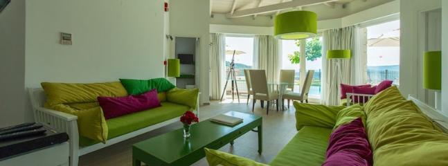 Bright 2 bedroom Vacation Rental in Parga - Parga vacation rentals