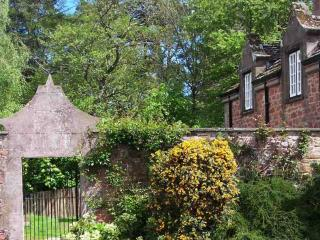 018-Beautiful Holiday House - Brechin vacation rentals