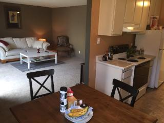 Furnished Condo at Gateway Dr & Imperial Dr Pacifica - Pacifica vacation rentals