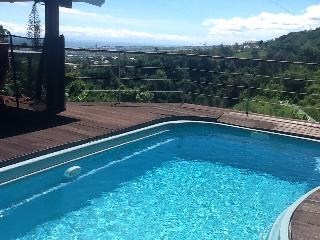 Villa avec piscine et superbe vue mer sur les hauteurs de saint denis - Saint-Denis vacation rentals