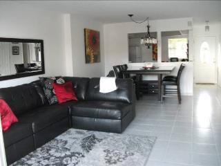 Condo for rent sooner you book, greater discount! - Coconut Grove vacation rentals