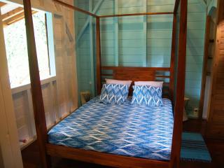 ECOGÎTE LAGON - Pointe-Noire vacation rentals