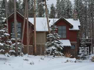 Ski/Golf at Highland Heaven, 4BR W/4.5 Baths, - Breckenridge vacation rentals