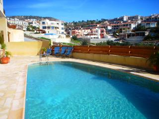 Sunny Dreams Town House in Paphos with FREE WiFi - Paphos vacation rentals