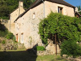 Chambre des Parfums Périgord Noir proche Sarlat - Azerat vacation rentals