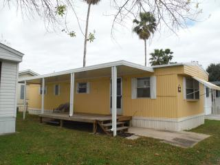 Escape from the snow rent a mobile home - Brownsville vacation rentals