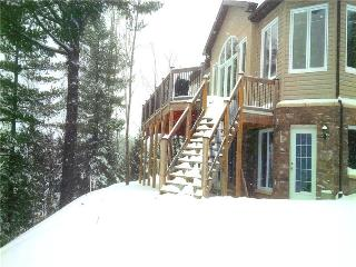 Executive Cottage!snowmobile Central! - North Bay vacation rentals