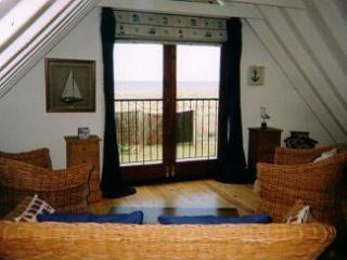 Nice Cottage with DVD Player and Microwave - Kessingland vacation rentals
