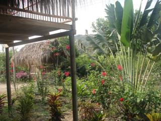 "La cabane ""Chez Oliv"" - Palomino vacation rentals"