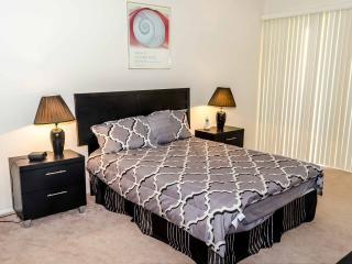 Luxurious Two Bedroom Two Bath - Los Angeles vacation rentals