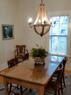 2BR BUNGALOW IN SANFORD HISTORIC DISTRICT - Sanford vacation rentals