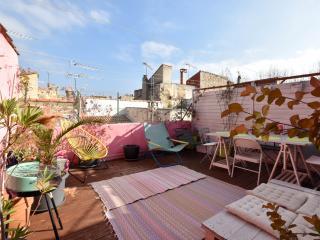 Lecture - Maison avec deux chambres et terrasse - Arles vacation rentals