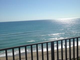 Beautiful Ocean Front Condo - Jensen Beach vacation rentals