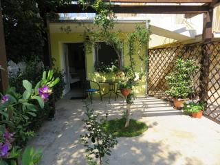 Convenient Condo with A/C and Outdoor Dining Area - Zadar vacation rentals