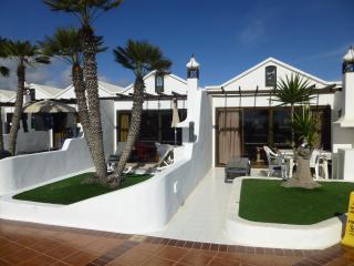 Wonderful 1 bedroom villa on Sol Plaza - Costa Teguise vacation rentals