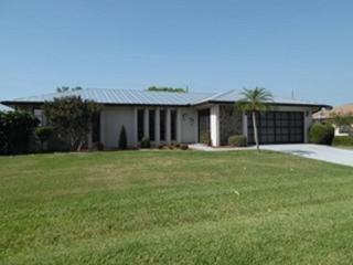 Beautiful 3 bedroom 2.5 bath with pool! - Port Charlotte vacation rentals