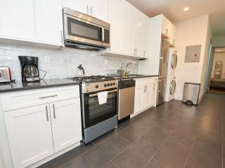 Steps to Little Italy and Downtown, amazing 2 bed - Queens vacation rentals