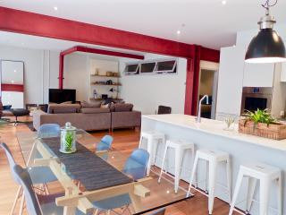 Bohemian Chic IPNO Luxury Apartments Collingwood - Melbourne vacation rentals