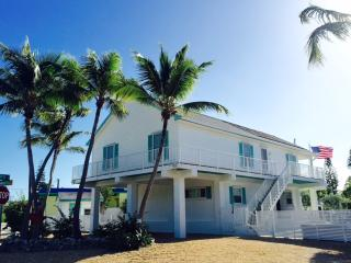 Tavernier Waterfront Home w/ Pool and Boat Dock. - Tavernier vacation rentals