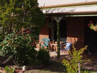 Tranquil Setting in Victorian Goldfields - Bendigo vacation rentals