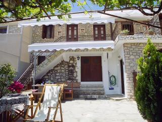 3 bedroom House with Internet Access in Lefkada Town - Lefkada Town vacation rentals