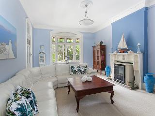 Manly Beach Blue Getaway - Manly vacation rentals