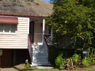 Kedron Cottages 2 Bedroom Self Contained - Brisbane vacation rentals