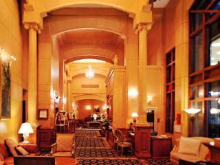 4 Star Hotel 1 Bed corner King Suite on high floor - Vancouver vacation rentals