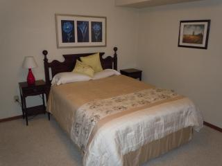 Close In, Clean And Spacious Apartment - Portland vacation rentals