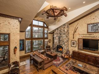 Convenient 4 bedroom Vacation Rental in Beaver Creek - Beaver Creek vacation rentals