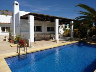 Lovely 3 bedroom Mojacar Villa with Internet Access - Mojacar vacation rentals