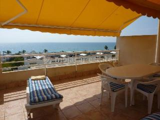 Bright 2 bedroom Mojacar Apartment with Shared Outdoor Pool - Mojacar vacation rentals