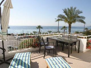 Bright Condo with A/C and Washing Machine - Mojacar vacation rentals