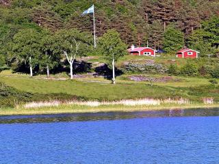 Oceanfront Archipelago Seawiew own bathingshore - Valdemarsvik vacation rentals