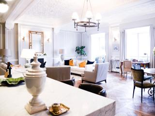 The Strand London, Luxury Apartment - London vacation rentals