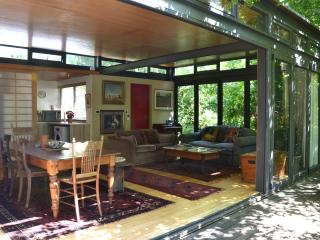 Tranquil Glasshouse in the Winelands - Stellenbosch vacation rentals