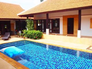 Phuket Luxury 4 Bed Pool Villa - Thalang vacation rentals