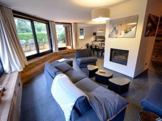 Apartment Duplex & Terrace, 6-8 personnes - Chamonix vacation rentals
