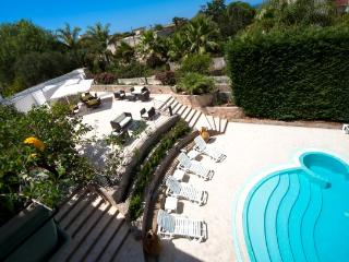 Camera Matrimoniale in Villa Albertina B&B - Parabita vacation rentals