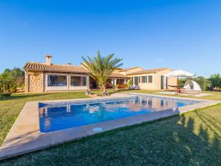 Bright Villa in Badia Gran with Television, sleeps 8 - Badia Gran vacation rentals