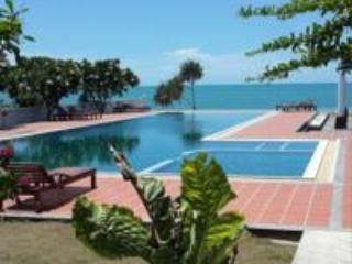 Khanom Beach Resident 1 bedroom Apartment on the B - Image 1 - Khanom - rentals