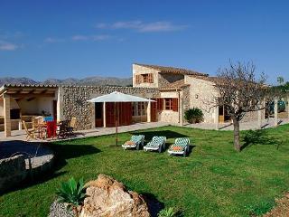 Cozy 3 bedroom villa with pool close to the sea - Port de Pollenca vacation rentals